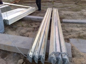 LOADING GALVANIZED SECTIONS
