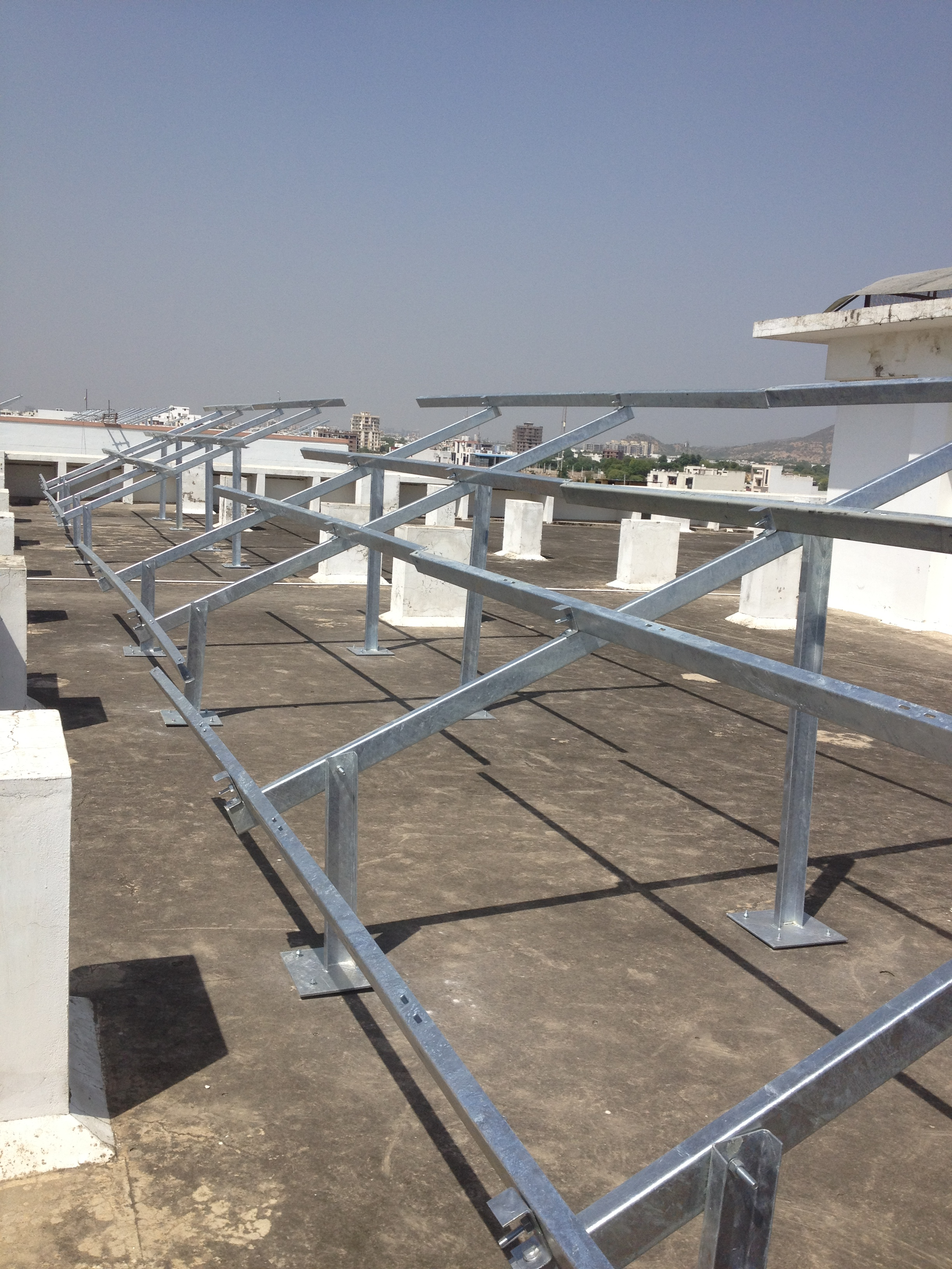 Solar Module Mount Structure for Rooftop, Hot Dip Galvanized